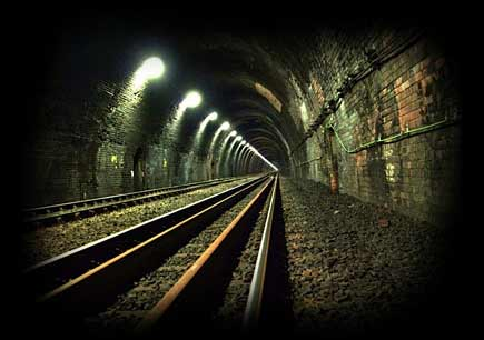 Rail tunnel lighting